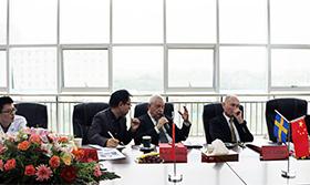 保加利亚科学院教授现场交流